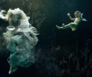 Underwater fashion workshop