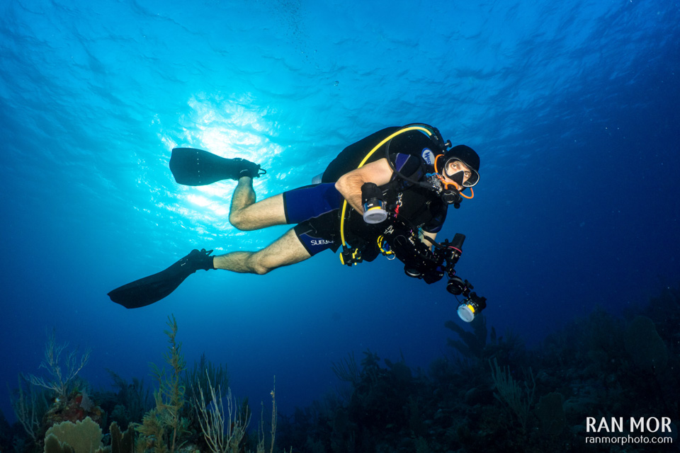 Underwater photographer | buoyancy control
