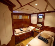 lower cabin red sea liveabord